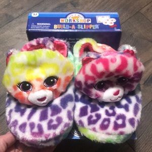 🆕 build a bear 🐻 slippers